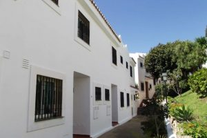 Townhouse for sale in Nueva Andalucía R2666237