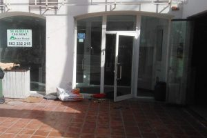 Commercial for sale in Puerto Banús R3209881