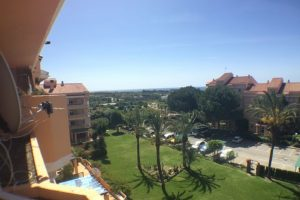 Apartment for sale in Estepona R2680469