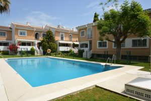 Townhouse for sale in Nueva Andalucía R2919899