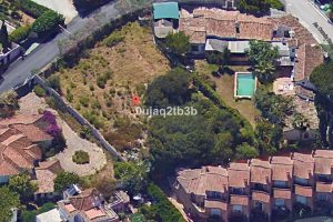 Plot for sale in The Golden Mile R2932940