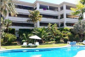 Apartment for sale in The Golden Mile R3340150