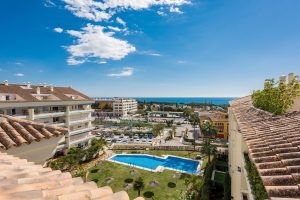 Apartment for sale in The Golden Mile R2835959