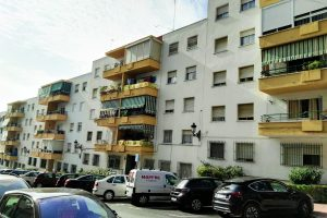 Apartment for sale in Estepona R2806067