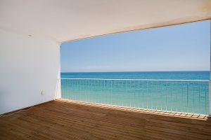 Apartment for sale in Estepona R2937974