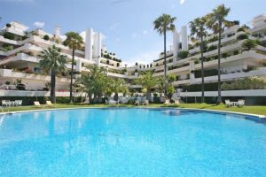 Apartment for sale in The Golden Mile R2247131