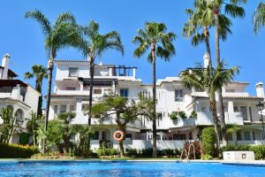Apartment for sale in Nueva Andalucía R3341506