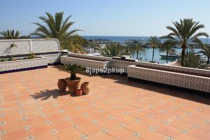Townhouse for sale in Estepona R2921498