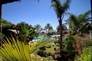 Apartment for sale in Estepona R2706224