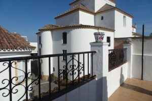 Townhouse for sale in Estepona R2915720