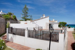 Villa for sale in Estepona R2894051