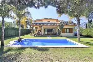 Villa for sale in Río Real R2869079