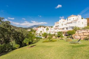 Apartment for sale in Benahavís R2895401
